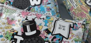 Oreo Colorfilled packaging offers personalized